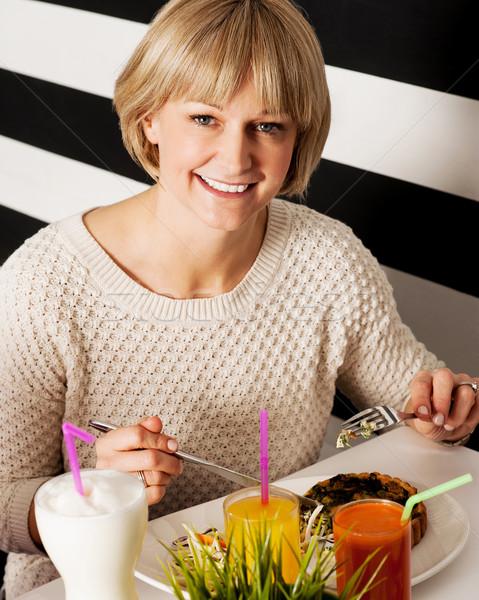 美しい 女性 食事 きれいな女性 ストックフォト © stockyimages