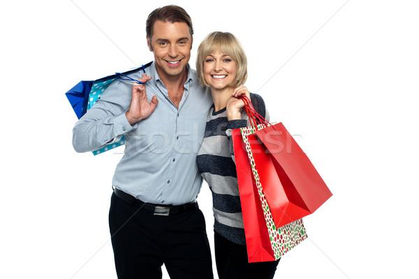 Férj feleség élvezi vásárlás hordoz színes Stock fotó © stockyimages