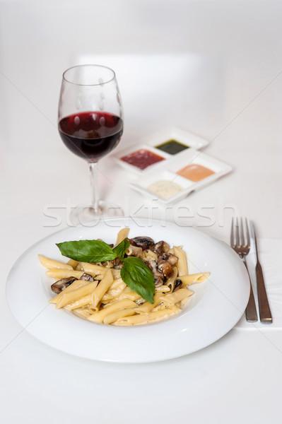 Nyami tészta felszolgált vörösbor finom étel Stock fotó © stockyimages