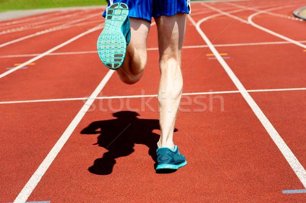 Futó gyakorol versenypálya kép versenyképes fut Stock fotó © stockyimages