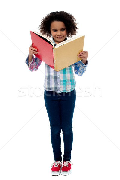 ストックフォト: 女の子 · 読む · 図書 · 画像