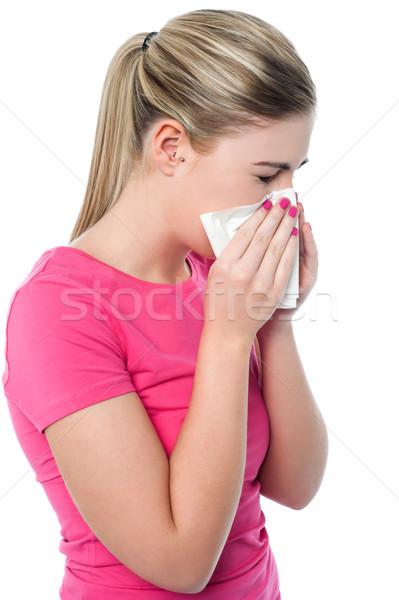 Jong meisje lijden koud meisje neus zakdoek Stockfoto © stockyimages