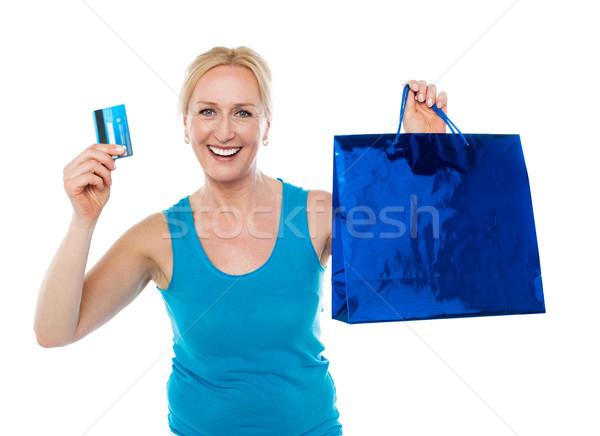 ストックフォト: 買い物客 · 女性 · 袋 · クレジットカード · 笑みを浮かべて