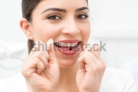 Yardım bana dişler kadın temizlik diş ipi Stok fotoğraf © stockyimages