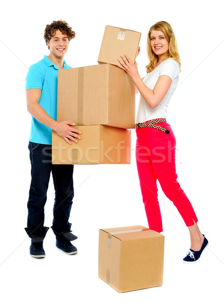 Pár tart karton dobozok jóképű fickó Stock fotó © stockyimages