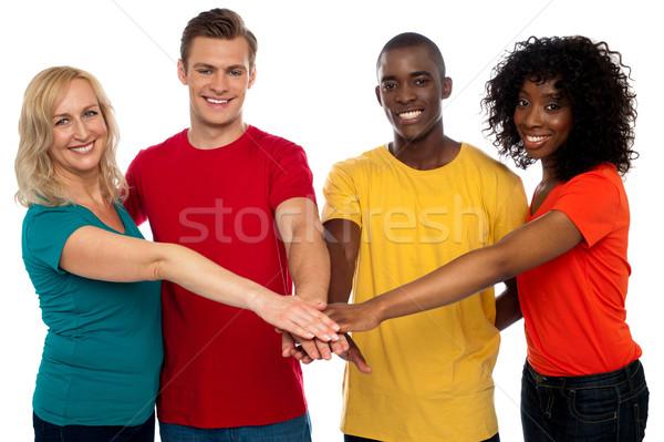Klejenie cztery znajomych szczęśliwy grupy stałego Zdjęcia stock © stockyimages