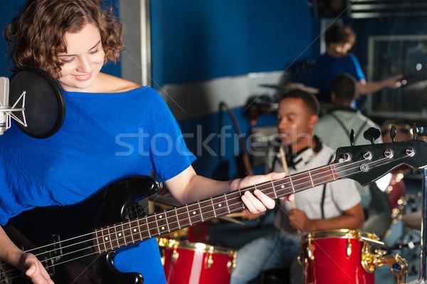 Zdjęcia stock: Kobieta · gry · gitara · mężczyzna · perkusista