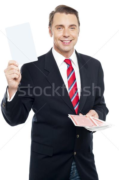 Igazgató mutat játszik kártya kamerába tart Stock fotó © stockyimages