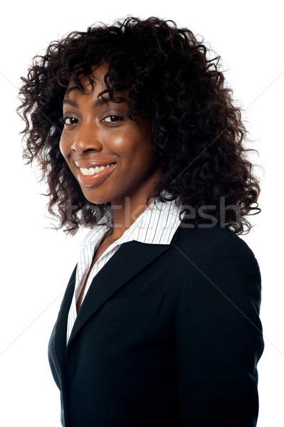 Közelkép portré afrikai üzletasszony mosolyog kamera Stock fotó © stockyimages