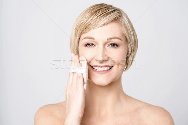 Kicsi befejezés gyönyörű nő tökéletes bőr kozmetikai Stock fotó © stockyimages