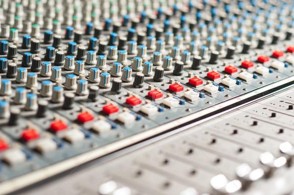 Nagy hang keverő felszerlés stúdió közelkép Stock fotó © stockyimages