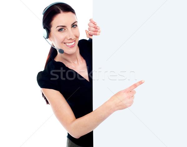 Atendimento ao cliente mulher quadro de avisos assinar bandeira fone Foto stock © stockyimages