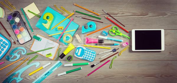 Comprimé meilleur Creative outil coloré papeterie Photo stock © stokkete