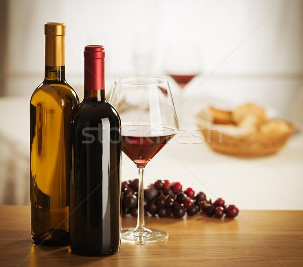 Foto stock: Copa · de · vino · botella · naturaleza · muerta · vino · tinto · vidrio · restaurante