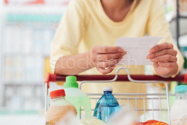 продуктовых торговых женщину супермаркета полный Сток-фото © stokkete