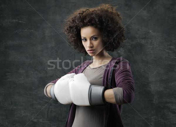 Divat sport modell fehér boxkesztyűk lány Stock fotó © stokkete
