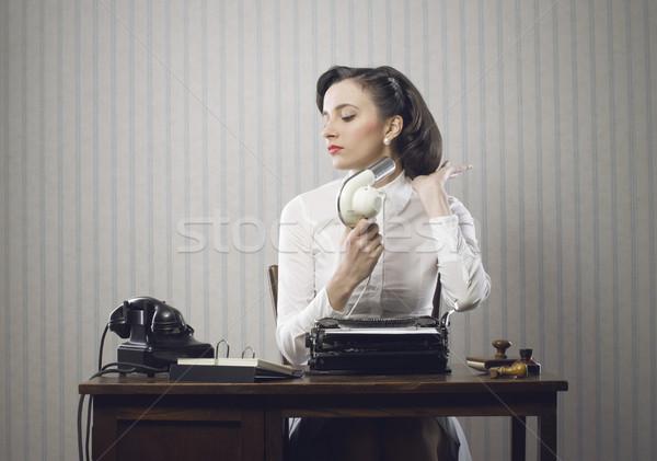 üzletasszony haj iroda portré bélyeg írógép Stock fotó © stokkete