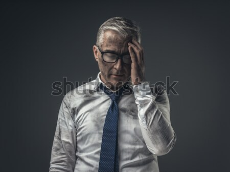 Desempregado empresário desesperado confuso tocante testa Foto stock © stokkete