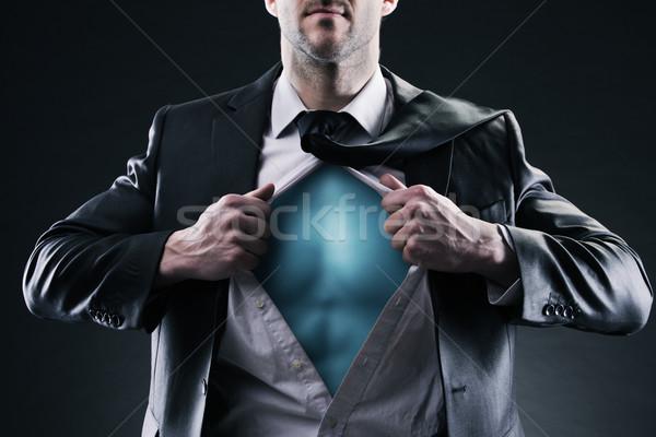 Zakenman Open shirt verandering succes Stockfoto © stokkete