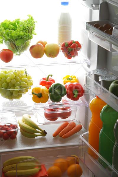 Zdjęcia stock: Zdrowa · żywność · lodówce · pełny · owoce · warzyw