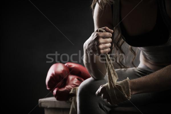 Kadın boksör beyaz kayış bilek Stok fotoğraf © stokkete