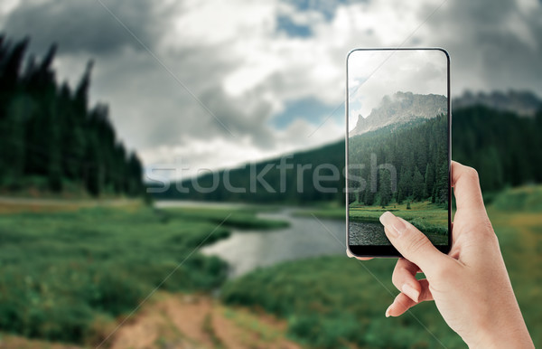 Turistica foto natura smartphone punto Foto d'archivio © stokkete
