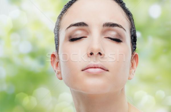 Pelle bella donna faccia posa Foto d'archivio © stokkete