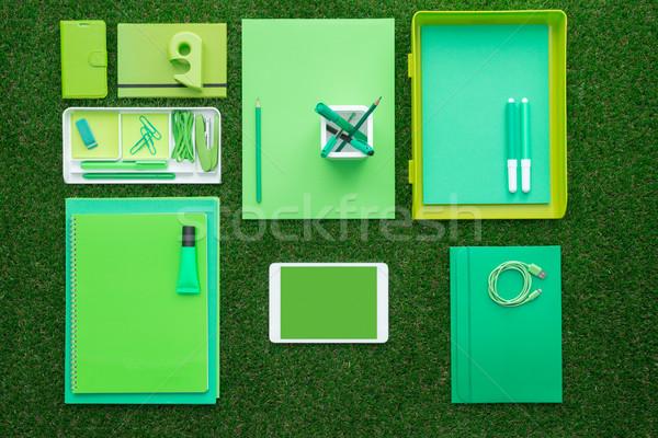 üzlet környezet zöld irodaszerek digitális érintőképernyő Stock fotó © stokkete