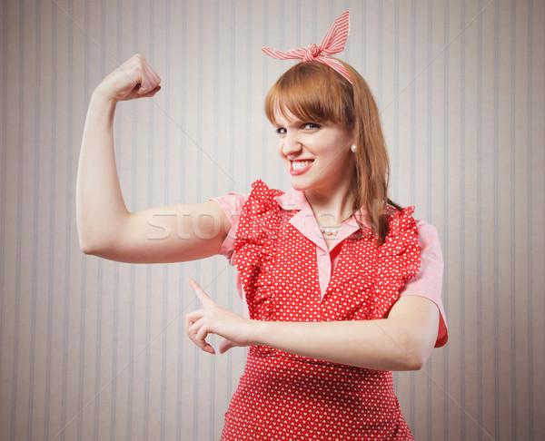 Háziasszony erő erős nő mutat izmos Stock fotó © stokkete