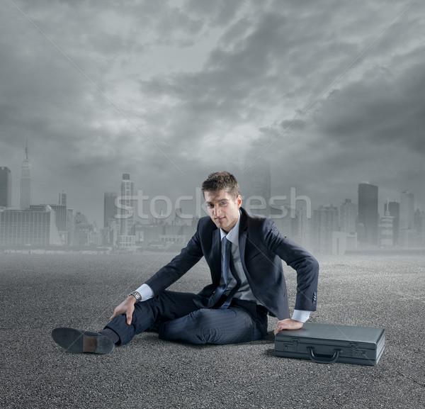 Negocios jóvenes empresario caer suelo Foto stock © stokkete