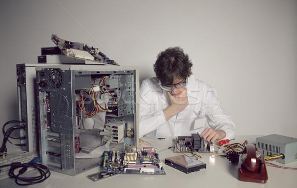Foto stock: Reparação · de · computadores · computador · técnico · reparar · trabalhando · apoiar