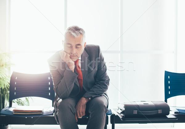 Yorgun işadamı uyku bekleme odası bekleme toplantı Stok fotoğraf © stokkete