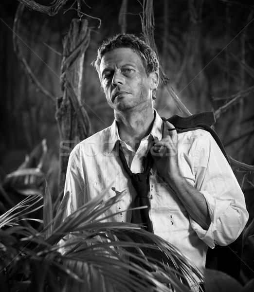 Elveszett dzsungel üzletember lehangolt rendetlen ruházat Stock fotó © stokkete
