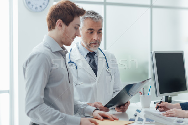 врач Xray служба пациент Сток-фото © stokkete