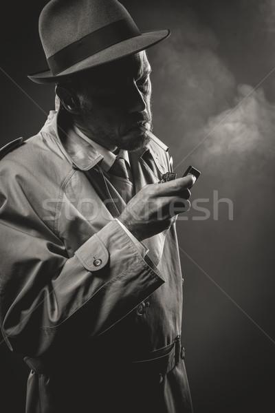 照明 たばこ ハンサムな男 トレンチ コート 暗い ストックフォト © stokkete