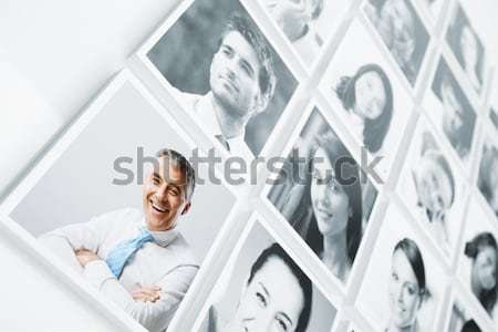 Photo stock: Réseau · social · portraits · groupe · de · gens · femme · souriante · numérique · comprimé