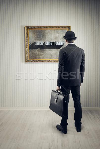 Bouw man foto museum denken permanente Stockfoto © stokkete