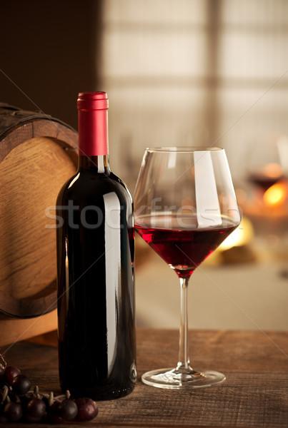 Wijnproeven restaurant fles glas druif vat Stockfoto © stokkete