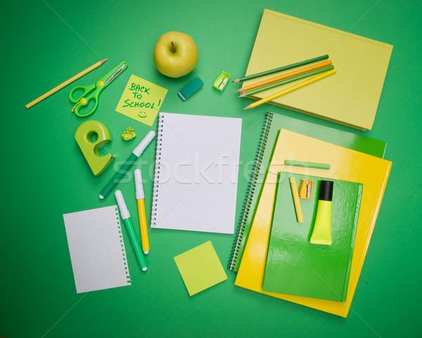 Powrót do szkoły Stick Uwaga zielone żółty materiały biurowe Zdjęcia stock © stokkete
