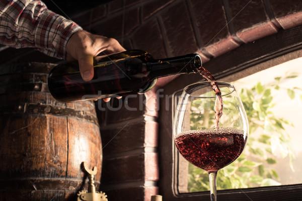 Aşçılar şarap cam balon bodrum Stok fotoğraf © stokkete