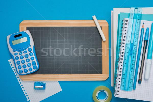 Tablica materiały biurowe niebieski kredy jasnoniebieski szkoły Zdjęcia stock © stokkete