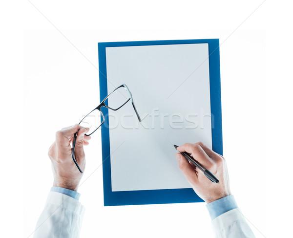 Lekarza piśmie recepta arkusza okulary Zdjęcia stock © stokkete