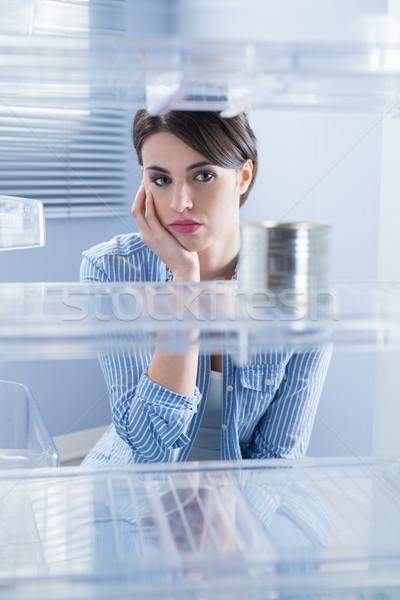 Stockfoto: Lege · koelkast · jonge · triest · vrouw · naar