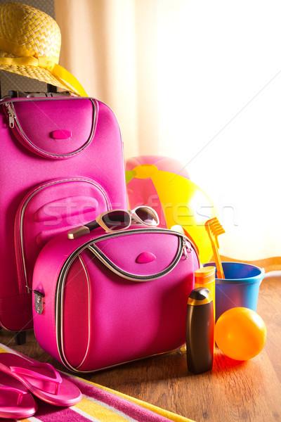 Nyár ünnepek rózsaszín táska nap krém Stock fotó © stokkete
