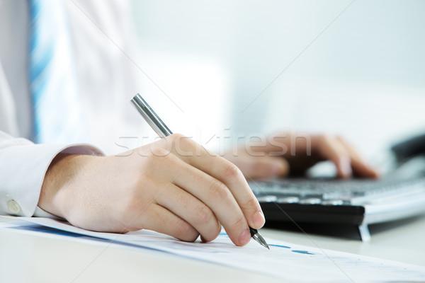 Stockfoto: Werken · kantoor · afbeelding · zakenman · schrijven