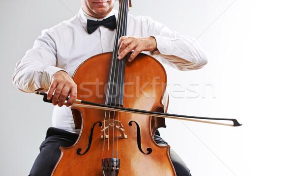 Violoncelista imagem homem jogar violoncelo Foto stock © stokkete