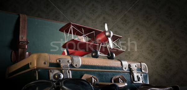 Aventureiro longo trio malas piso Foto stock © stokkete