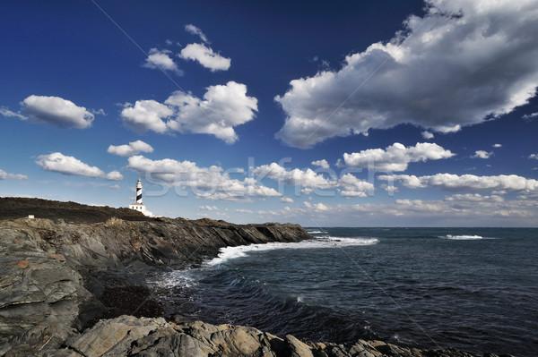 Faro acantilado hermosa paisaje cielo Foto stock © stokkete