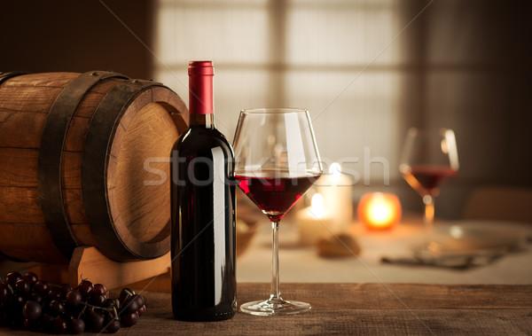 Foto d'archivio: Degustazione · di · vini · ristorante · bottiglia · vetro · uva · barile