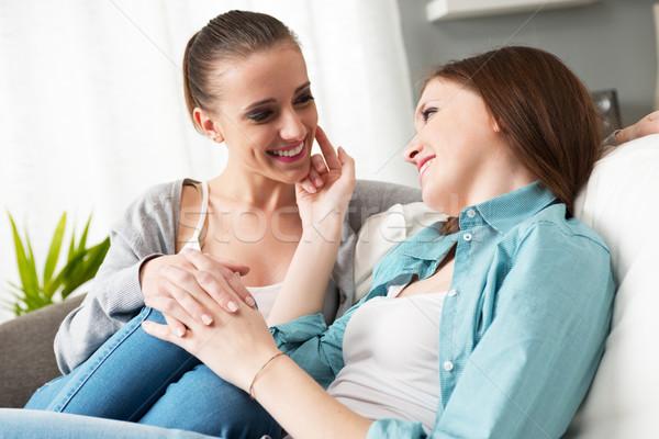 Сток-фото: лесбиянок · пару · домой · любящий · , · держась · за · руки